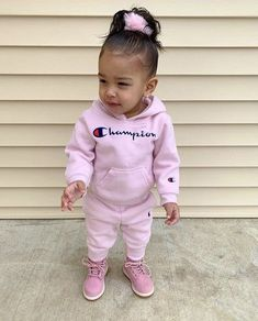 Baby Girl Outfits Swag Ideas For 2019 Outfits Niños, Cute Little Girls Outfits, Cute Baby Girl Outfits, Toddler Girl Outfits, Cute Baby Clothes, Cute Mixed Babies, Cute Black Babies, Cute Babies, Baby Kids