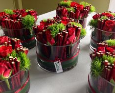 Flower pieces with red roses | Uploaded by Bellis bloemen (Westvleteren)