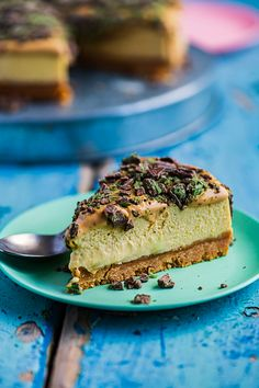 Peppermint Crisp Cheesecake - by Hein van Tonder, awarded Cape Town based food photographer, videographer & stylist Cheesecake Mix, How To Make Cheesecake, Classic Cheesecake, Cheesecake Recipes, Dessert Recipes, Peppermint Crisp Tart, Caramel Treats, Most Popular Desserts, Rich Recipe