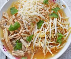 Recette : Soupe Tonkinoise au poulet. Top Recipes, World Recipes, Asian Recipes, Healthy Recipes, Ethnic Recipes, Cooking Time, Cooking Recipes, Food Preparation, No Cook Meals