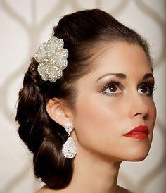 Diamond White and Silver Fascinator, Art Deco Wedding, Bridal Hair Clip, Silver Rhinestone Jewel