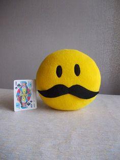 Rollanda onlineshop pillows: Mustache Smiley face toys