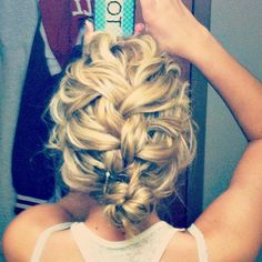 obsessing over this loose braid into an up-do