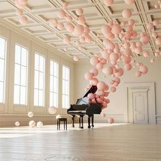 In this digital work of art, Florence, Italy-based graphic designer, illustrator and animator Federico Picci has managed to create an illusion of music in a physical form. There is a crystal-clear sense of feather-light movement as the spheres appear to billow up from the solitary, fixed grand piano. The gently coloured orbs and warm light …