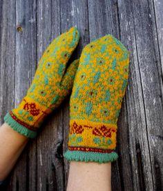 hand knit green yellow wool mittens knit by peonijahandmadeshop, $45.50