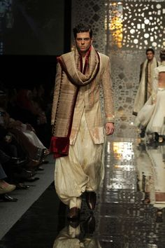 Manish Malhotra Sherwani with earthy yet lux undertones #IndianWedding #groom #fashion | Curated by Witty Vows - The ultimate Guide for The Indian Bride | www.wittyvows.com Indian Groom Dress, Indian Dresses, Indian Outfits, Mens Sherwani, Wedding Sherwani, Indian Men Fashion, Groom Fashion, Mens Fashion, Indian Wedding Wear