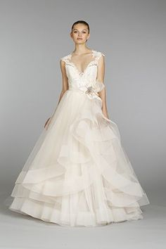 THIS IS THE GOWN!!!