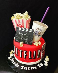 Cute Birthday Cakes, Beautiful Birthday Cakes, 14th Birthday, Cake Cookies, Cupcake Cakes, Cupcakes, Aniversary Cakes, Cinema Party, Sleepover Birthday Parties
