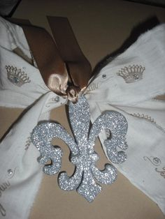 Silver Glittered French Fleur De Lis Ornament/Embellishment