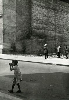 Helen Levitt 99th Street, New York, 1940s