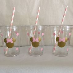 Minnie Mouse pink and gold party cups, Gold and Pink Minnie party cups, Minnie Birthday Party Cups,Minnie Party Favors,Minnie Party supplies Theme Mickey, Minnie Mouse Theme Party, Minnie Mouse 1st Birthday, Minnie Mouse Baby Shower, Mickey Party, Minnie Mouse Favors, Mouse Parties, Pirate Party, Minnie Mouse Rosa