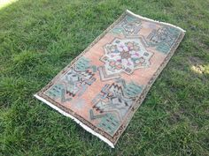 Your place to buy and sell all things handmade Boho Decor, Bohemian Rug, Turkey Colors, Rugs On Carpet, Carpets, Small Area Rugs, Turkish Kilim Rugs, Doormat, Vintage Rugs