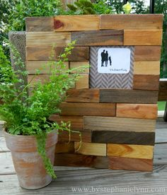 How to make an interchangeable wood shim picture frame http://www.bystephanielynn.com/2011/07/wooden-shim-interchangeable-picture.html