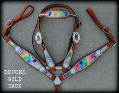 this tack set is perfect. i want it soooooooooooo bad