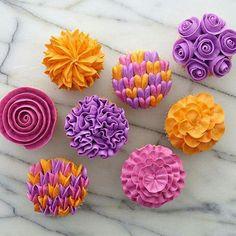 Wilton tip 104 cupcake floral bouquet
