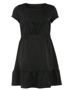 Knee-long flounced dress in Black designed by Manon Baptiste to find in Category Dresses at navabi.de