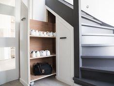 kitchen ideas – New Ideas House Staircase, Stairs, Home Staging, Home Renovation, Home Organization, Bathroom Medicine Cabinet, Interior Inspiration, Locker Storage, Kitchen Decor