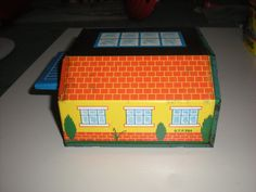 Vintage tinplate toy Automatic garage and 2 cars. England | eBay
