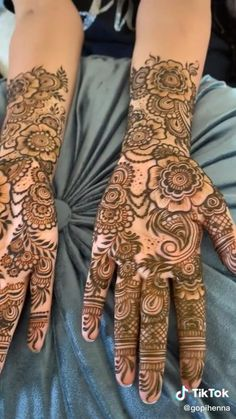 Khafif Mehndi Design, Full Hand Mehndi Designs, Indian Mehndi Designs, Henna Art Designs, Mehndi Designs For Girls, Stylish Mehndi Designs, Mehndi Designs For Beginners, Mehndi Design Pictures, Mehndi Designs For Fingers