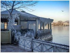 Frozen lake in Ioannina (Epirus), Greece !! http://www.anesisrooms.gr/en/