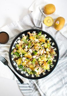 Ensalada de kiwi y pollo Great Recipes, Dinner Recipes, Favorite Recipes, Recipe Link, Recipe Community, Kiwi, Ground Beef, Crockpot Recipes, Side Dishes