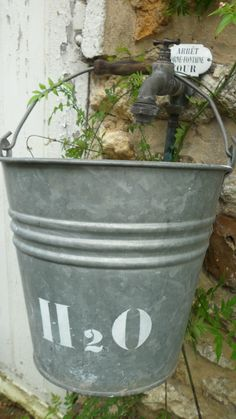 This is what I need under the tap. I've got the bucket, just need to stencil it.