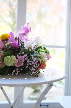 Table arrangement, Sweetpea, gypsophila, pastel, museum van loon, amsterdam, florist, www.apbloem.nl