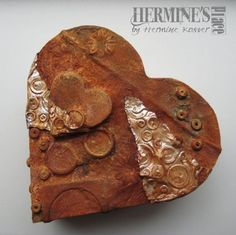 hart doosje / heart shaped wooden box