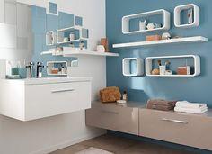 Castorama : Gagner de la place dans la salle de bains. Pour tout ranger sans se ruiner, on choisit de compléter les meubles de salle de bains avec des tablettes et des cubes de rangement.