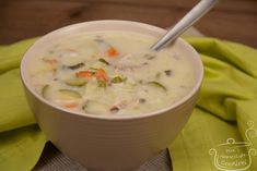 Chicken Soup, Desert Recipes, Cheeseburger Chowder, Soup Recipes, Deserts, Food And Drink, Nutrition, Baking, Sweet