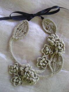 crochet necklace. free pattern