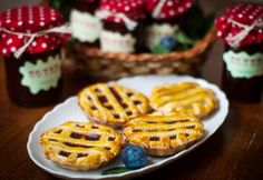 Crostata with plumjam Nutella, Waffles, Meals, Dishes, My Favorite Things, Breakfast, Food, Morning Coffee, Meal