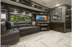 New 2016 Thor Motor Coach Tuscany Luxury Caravans, Luxury Motorhomes, Rv Motorhomes, Rv Interior, Luxury Interior, Luxury Bus, Luxury Yachts, Luxury Rv Living, Home And Living