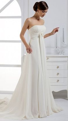 The most perfect dress for a perfect wedding day, elegant, classy and pure.