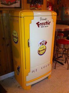 Vintage 1930s  Refrigerator  Restored Frostie Root Beer, Coca Cola, NEHI, Pepsi