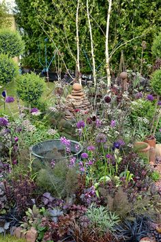 Vintage Gardening, Purple Garden, Dream Garden, Garden Inspiration, Paths, Upcycle, News, Outdoor, Beauty