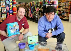 A photo shoot with the newly opened Pet Life in Salem, NH and Linear Retail, the property owners. www.linearretail.com