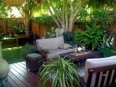 Tropical #garden #design for small spaces Visit http://www.suomenlvis.fi/