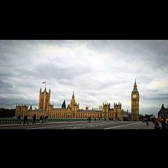London - Parliament.