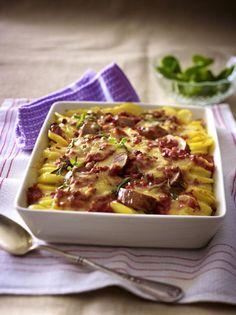 Unser beliebtes Rezept für Kartoffel-Schweinelendchen-Gratin in Speck-Tomatenrahm und mehr als 55.000 weitere kostenlose Rezepte auf LECKER.de.