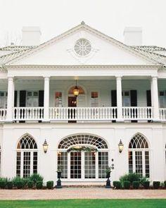 How to choose your wedding location #marthastewartweddings