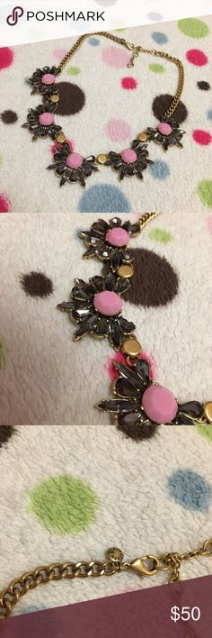 NWOT🎁J Crew Dark Stone Statement Necklace Beautiful deep purple-black and pink stones on this statement necklace. Perfect for a night out for drinks to spice up any fabulous dress. Never worn🛍 Comes with jewelry bag from J Crew. J. Crew Jewelry Necklaces