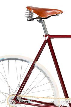 Bicicleta urbana Christiania es nuestra elección de bici para un relajado paseo diario de vuelta a casa después de una jornada de trabajo.