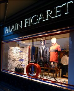Boutique de la Madeleine - Avril 2014 #tourauto #lifestyle #vintagecars #figaret  Crédit Photo : E.Megret