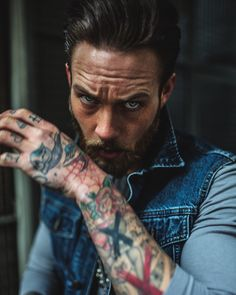 Beards & Tattoos : harisnukem: Billy Huxley by @harisnukem