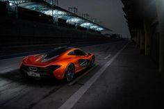 McLaren P1 (copyright George Williams)
