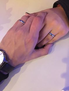 Hold my hand 🖤🥀 Cute Couple Selfies, Cute Love Couple, Cute Couple Pictures, Love Photos, Relationship Goals Pictures, Cute Relationships, Cute Couples Goals, Couple Goals, Hand Pictures