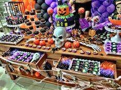 mesa de doces tema Halloween