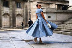#ootd #style #fashion #chic #elegant #style #streetstyle #fashionable #fashionblogger #stylish #stylist #fashionaddict #outfitpost #fashionblog #designer #hautecouture #fashionista #instafashion #trendy #trend #beauty #wedding #inspiration #details #moda #art #vogue #accessories #love #tagsforlikes #like4like by streetrends