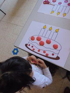 Klei - activiteit ! (LaLaLien) 31st Birthday, School Birthday, Back To School Activities, Class Activities, Fall Crafts, Diy And Crafts, Arts And Crafts, Diy For Kids, Crafts For Kids